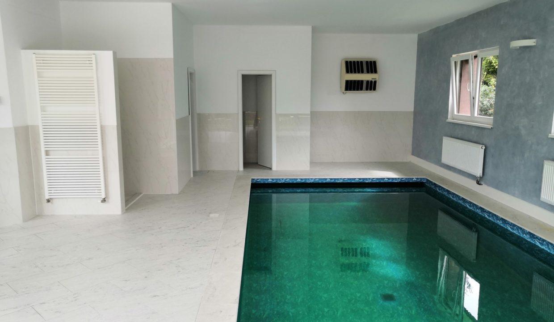 9. Bazén