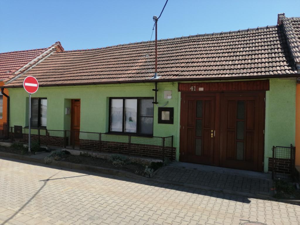 Prodej rodinného domu 4+1 v obci Kostice