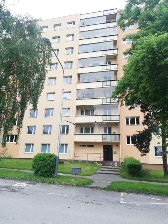 Nabízíme prodej bytu 2+1 v Ostravě – Poruba na ulici Zdeňka Štěpánka 1774/27