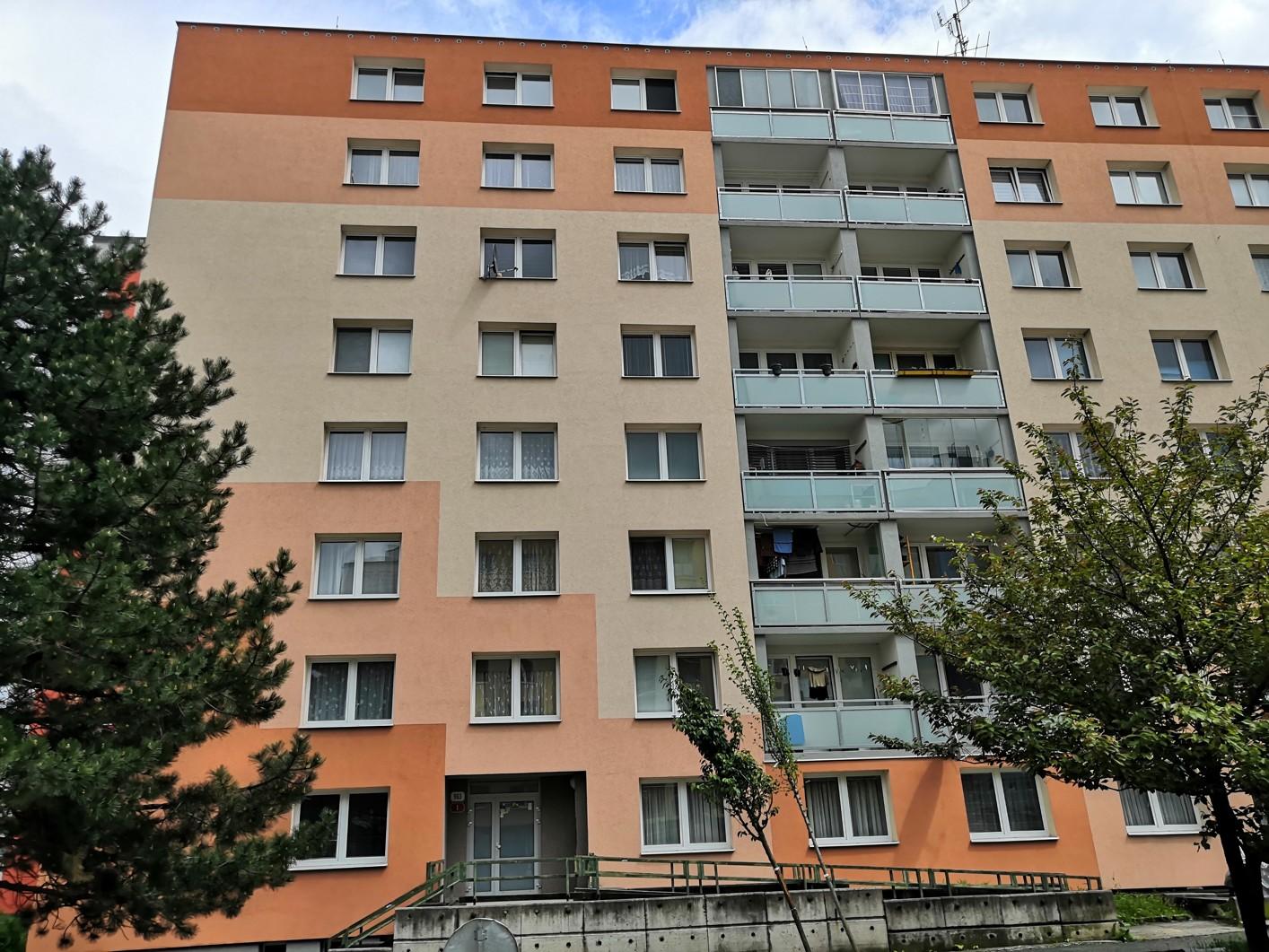 Pronájem bytu 3+1, 71 m² – ulice Břeclavská 963/1, Plzeň – Severní Předměstí