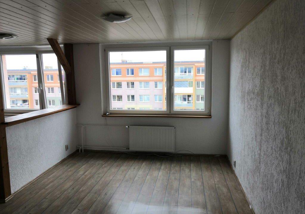 12. Obývací pokoj(1)