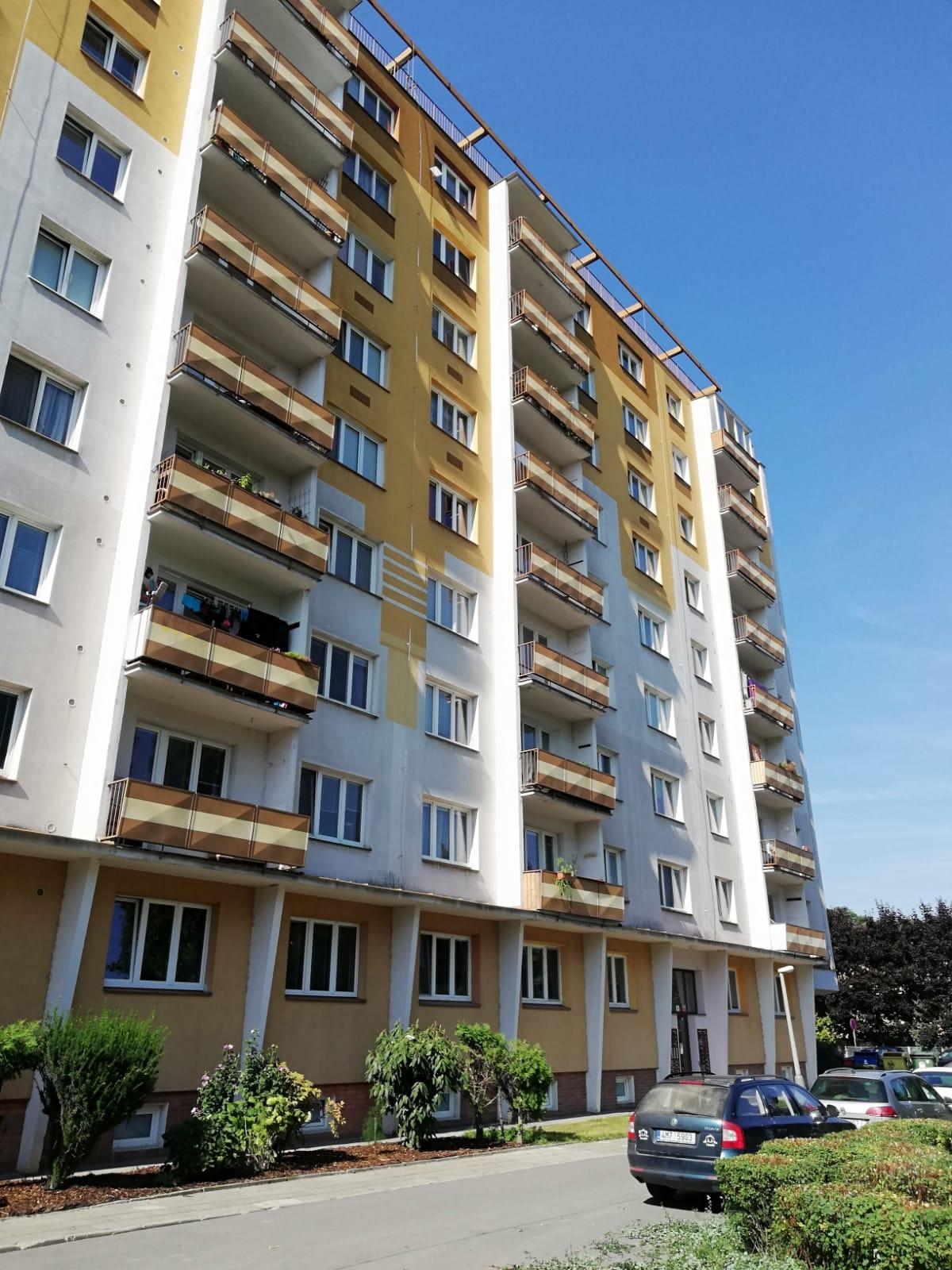 Nabízíme k pronájmu byt 2+1 na ulici tř. Kosmonautů v Olomouci